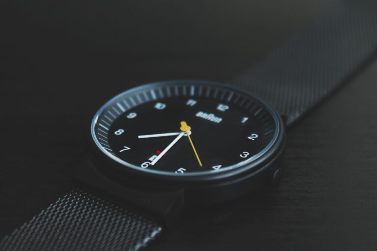 How to Measure Watch Size: Your Complete Watch-Sizing Guide