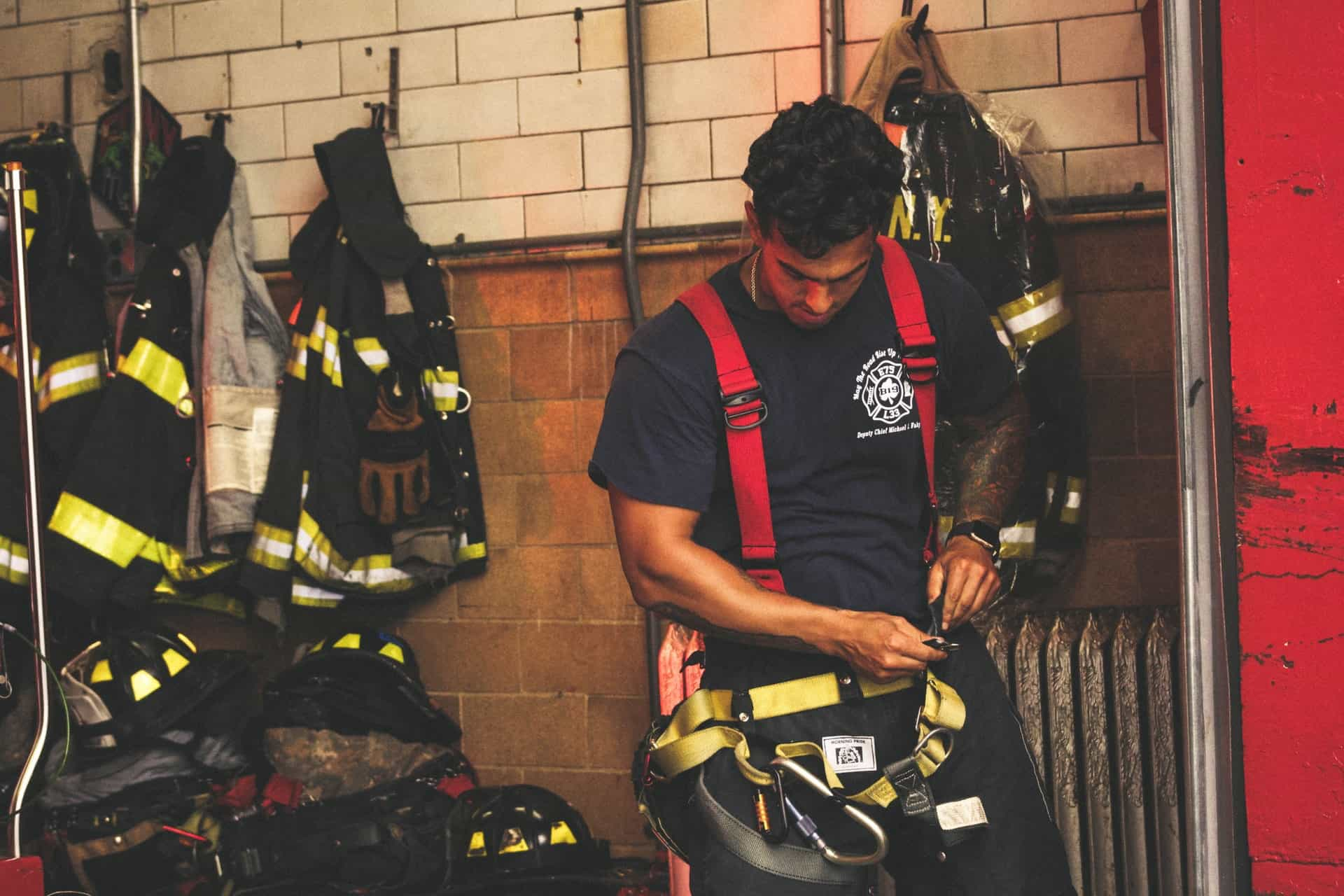Buying Guide and Reviews: 10 Best Watches for Firefighters