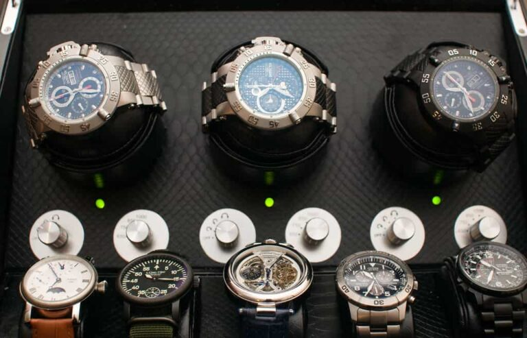 5 Reasons Why You Need A Watch Winder [+ How to Choose One]