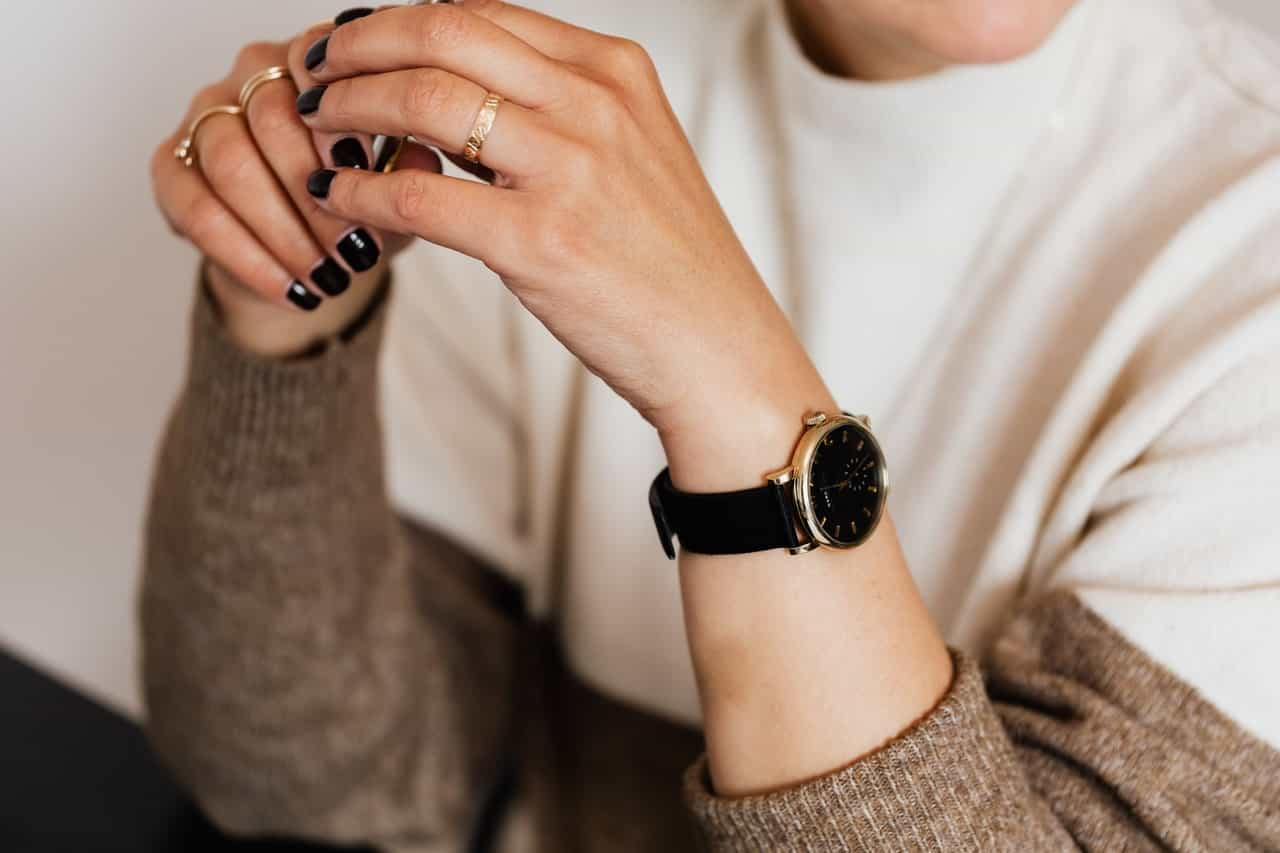 20+ Best Women's Watches Under $200: 2021 Buying Guides and Reviews